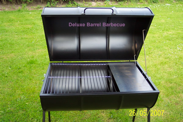 the deluxe barrel barbecue quick uk delivery. Black Bedroom Furniture Sets. Home Design Ideas